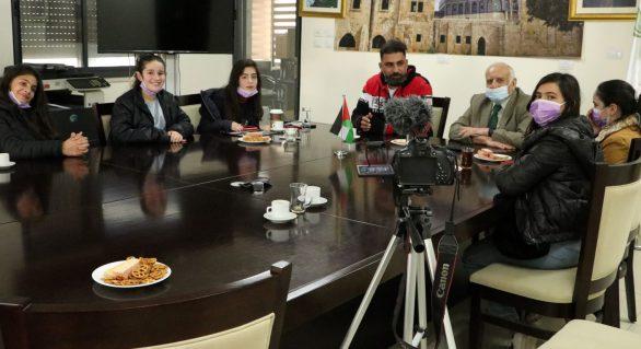 سمارة يلتقي فريقاً من الإعلاميين الصغار