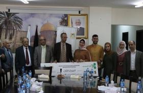 أ. محمد المسروجي يقدم 15 آلاف دولار للفرق الفائزة في جائزة المسروجي للأبحاث الطبية